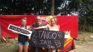 2Tango together outdoor